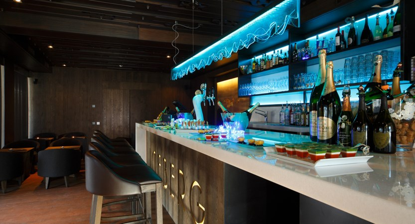 Col Alto Iceber Bar.jpeg