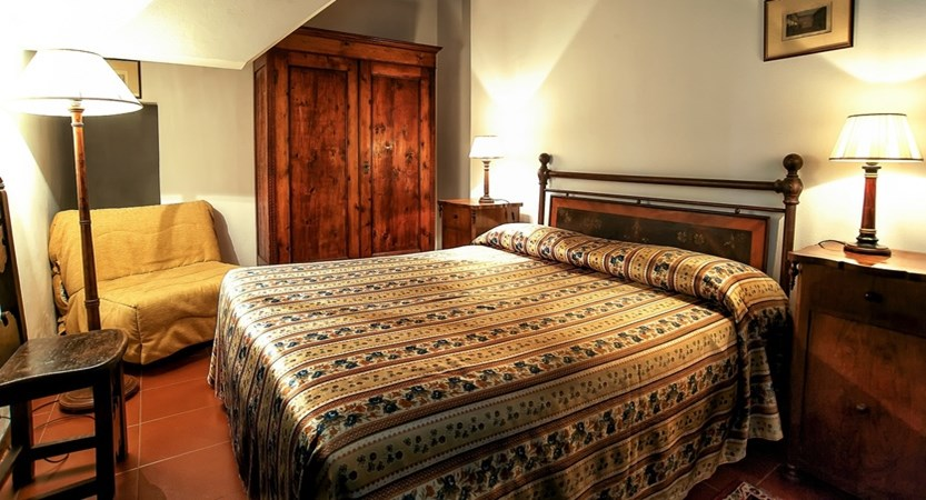 Hotel_Santa_Caterina_Siena_Standard_Room.JPG