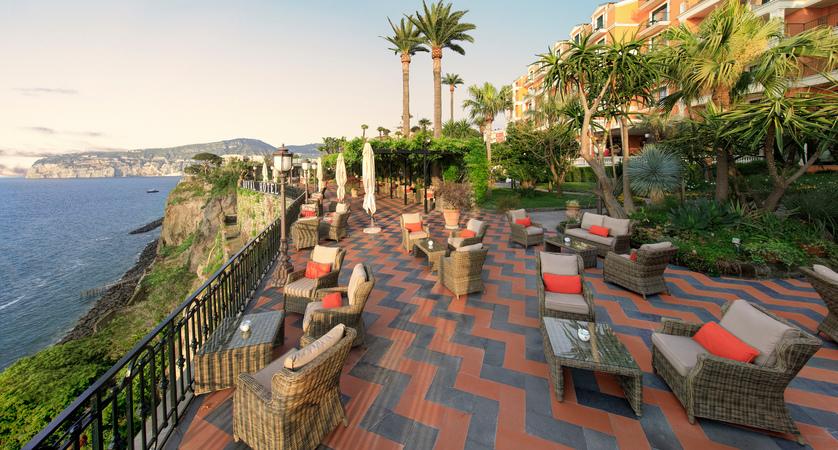 Grand_Hotel_Royal_Terrace.JPG