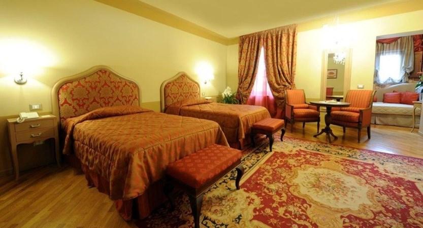 Hotel_San_Luca_Palace_Juniorsuite.JPG