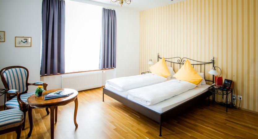 Hotel Carton Europe Switzerland Twin Bedroom