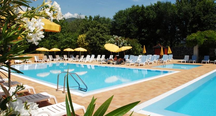 Hotel Iseolago, Pools