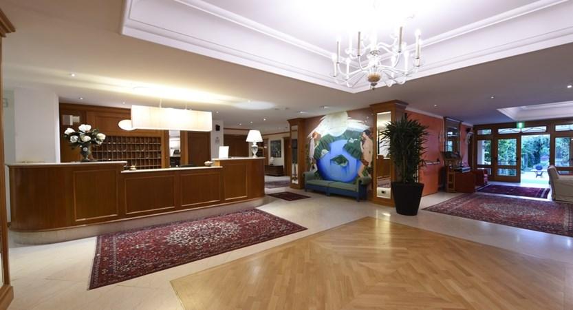 Hotel Iseolago, Foyer