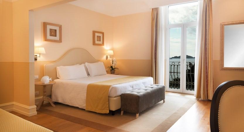 Grand_Hotel_Bristol_Junior_Suite.jpg