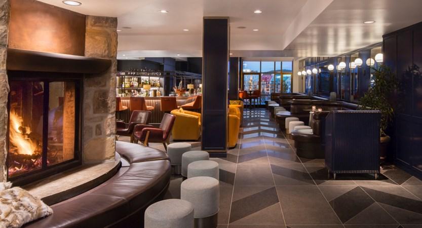 Axe Lounge Bar fairmont tremblant