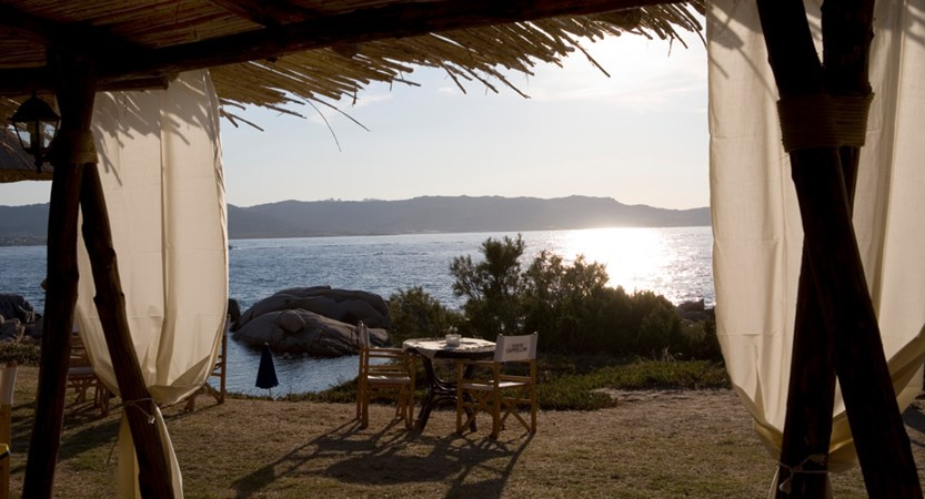 Club_Hotel_Baja_Sardinia_Beach_Snack_Bar.jpg