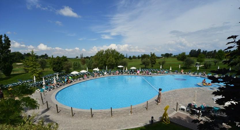 Park Peschiera Pool GTP_6769.jpg