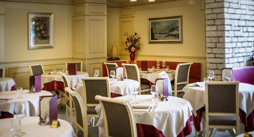 Hotel Du Lac, Restaurant