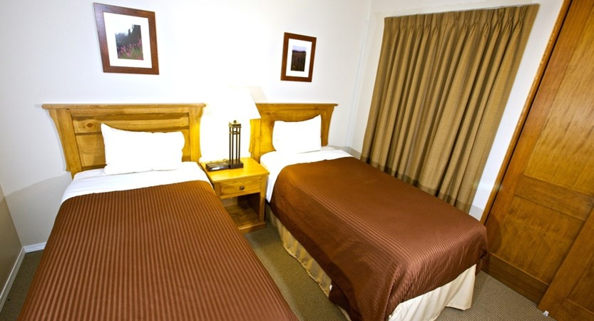 Tantalus Twin Bedroom.jpg