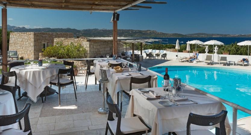 Grand_Relais_dei_Nuraghi_Restaurant.jpg