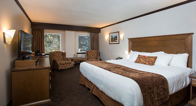 rundlestone lodge banff hotel premium king