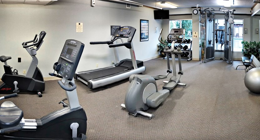 rundlestone lodge banff hotel Gym.jpg