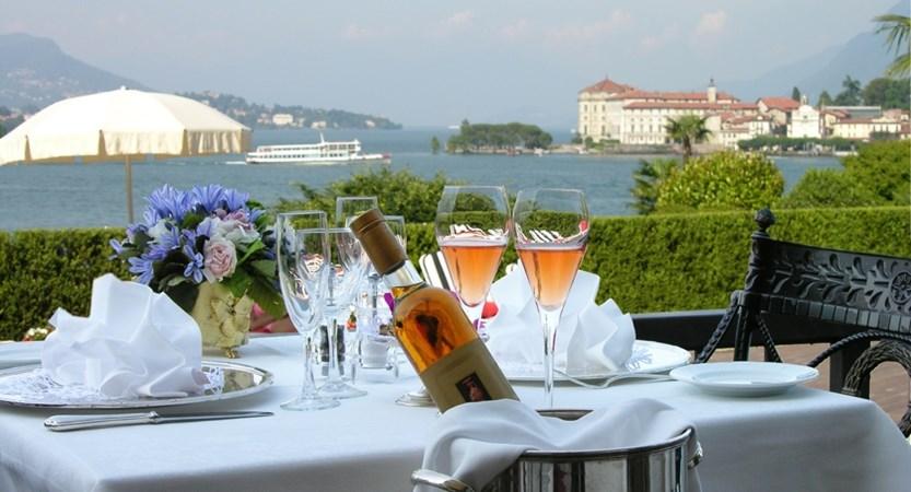 Terrace restaurant Le Isole.JPG