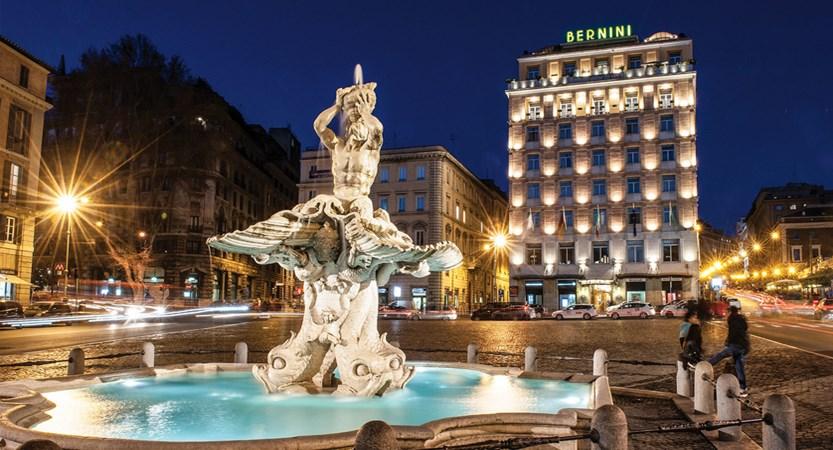Luxury-hotel-Rome-evening-facade-Bernini-Bristol.jpg