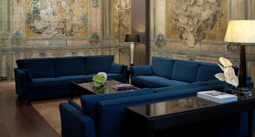 Luxury-hotel-Rome-Italy-Bernini-Bristol-Hall.jpg