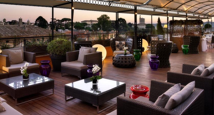 Restaurant-with-a-view-Rome-Giuda-Ballerino-Bernini-Bristol.jpg
