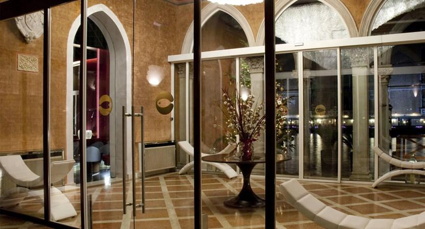 Luxury-hotel-Venice-Centurion-Palace.jpg