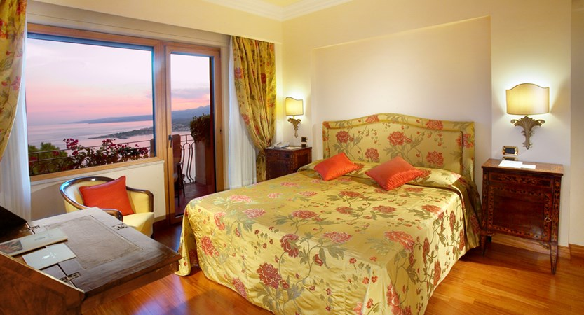 Villa_Diodoro_Superior_Room.jpg