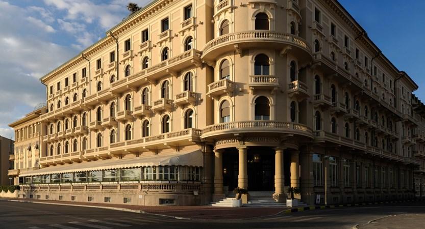 Grand_Hotel_Principe_di_Piemonte_exterior.jpg
