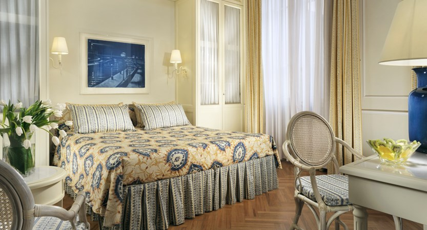 Grand_Hotel_Principe_di_Piemonte_Classic_Room.jpg