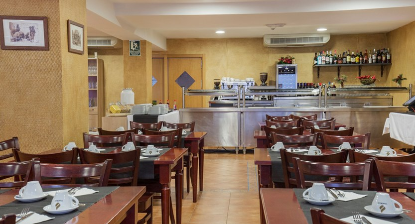 Hotel Catalunya buffet.jpg