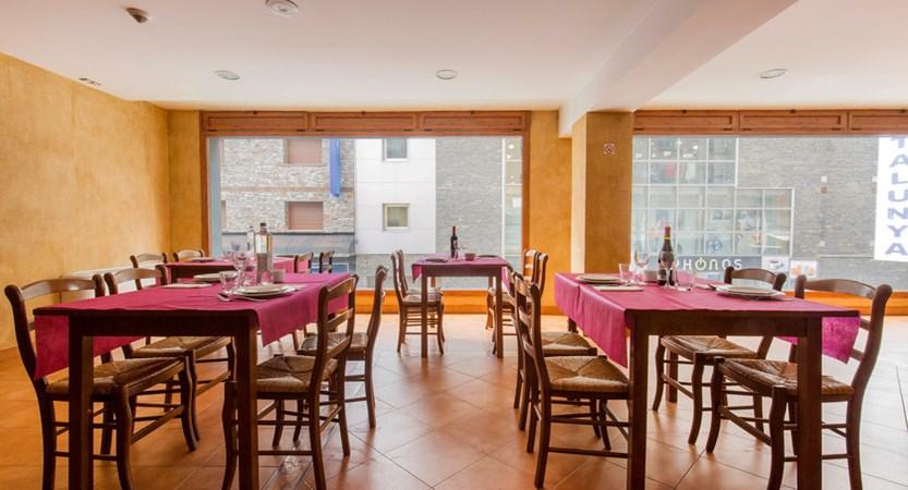 Hotel Catalunya Restaurant.jpg