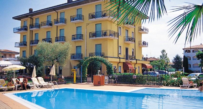 Hotel Bella Peschiera, Pool