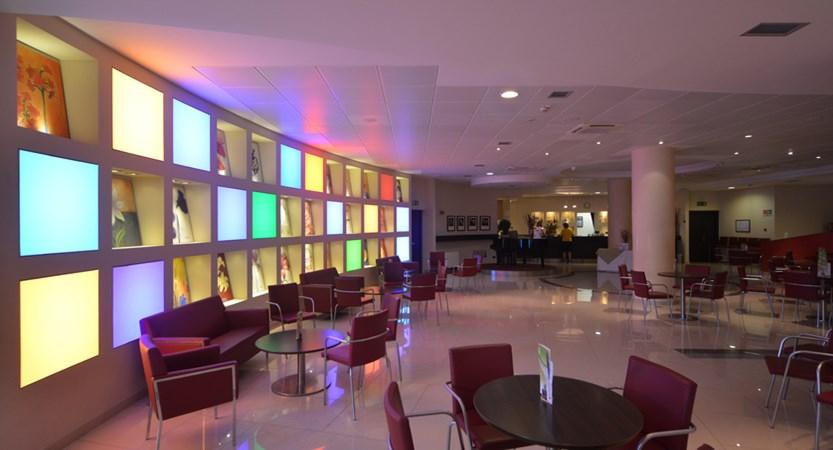 Parc Hotel Peschiera, Bar