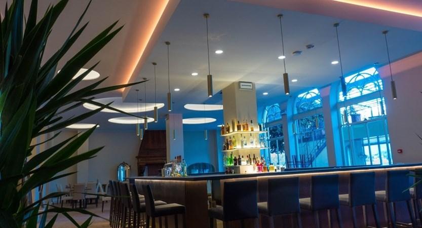 Hotel Bazzoni, Bar