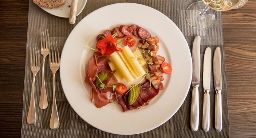 Essen Food 11_Restaurant Belvedere Swiss Quality Hotel Grindelwald.jpg