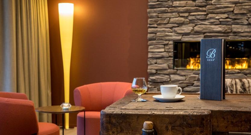 Lounge 06_Belvedere Swiss Quality Hotel Grindelwald.jpg
