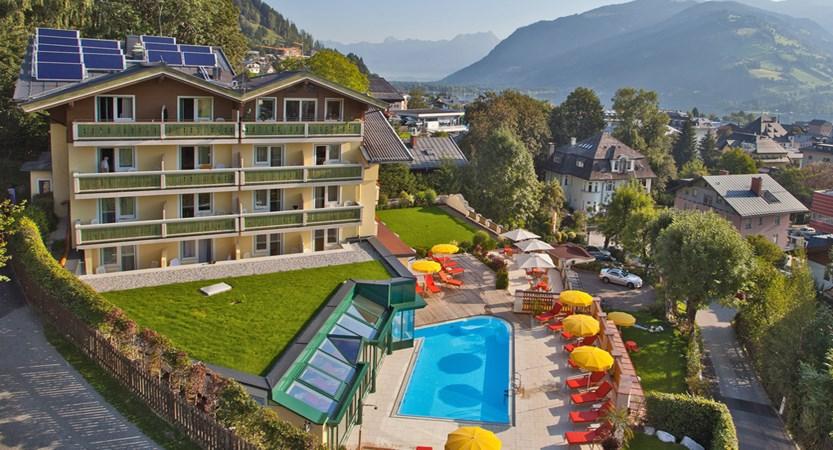 Hotel Berner Zell Am See Austria Pool & Terrace