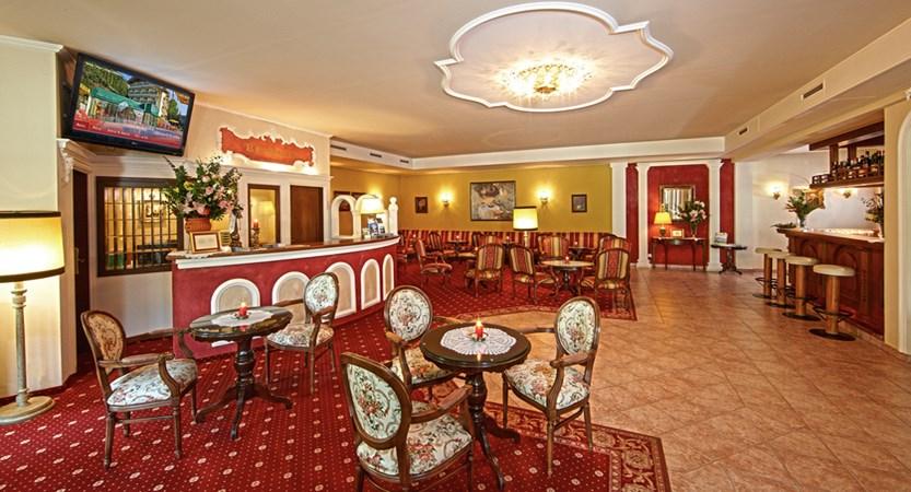 Hotel Berner Zell Am See Austria Frontdesk