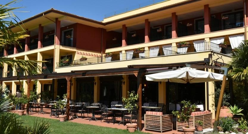 Hotel Villa Madrina, Exterior