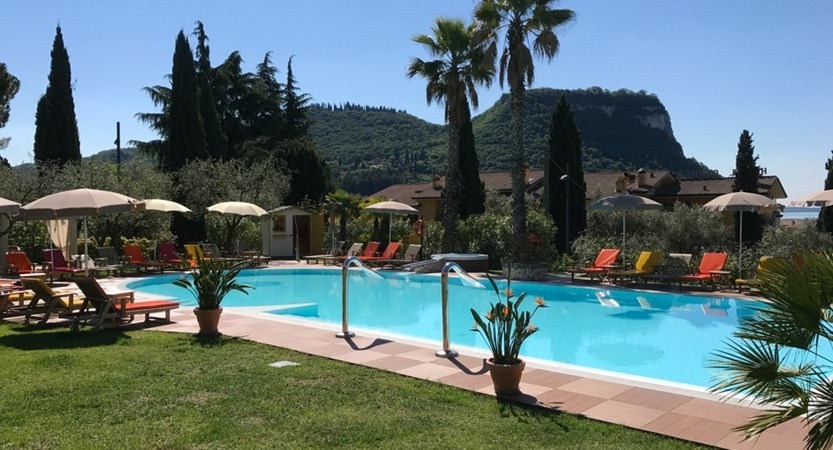 Hotel Villa Madrina, Pool and Garden