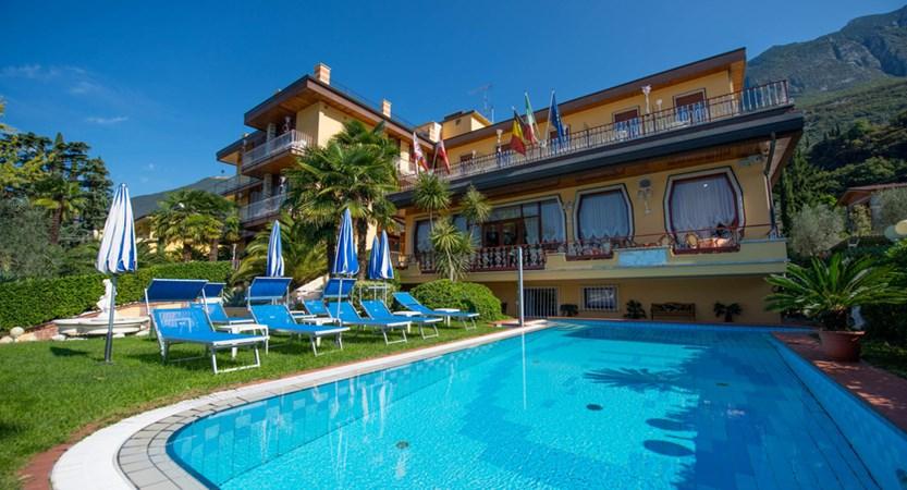 Hotel Cristallo, Pool and Garden View