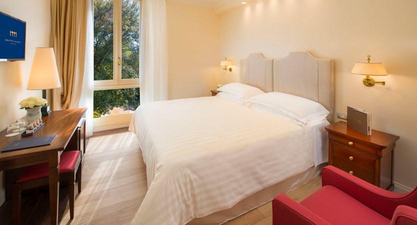 Grotta Giusti_Hotel_Elegance Room.jpg