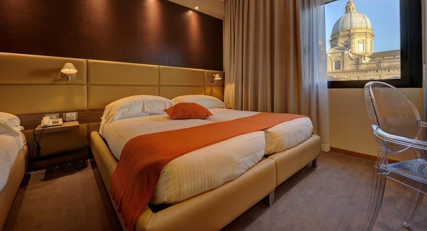 Hotel_Dal_Moro_Bedroom.jpg