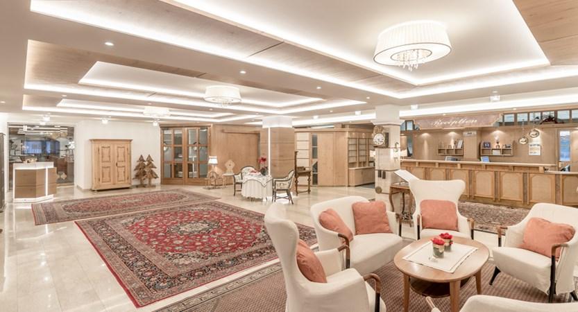 Hotel Alpina Deluxe Resort Obergurgl Austria Reception