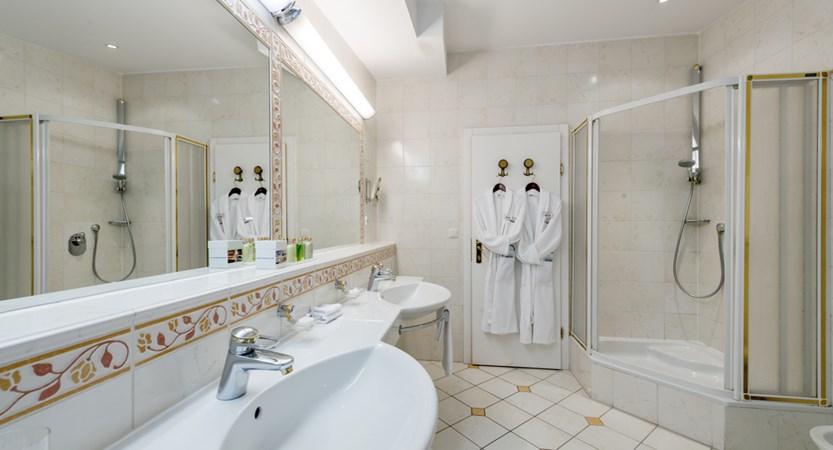 Hotel Alpina Deluxe Resort Obergurgl Austria E Room