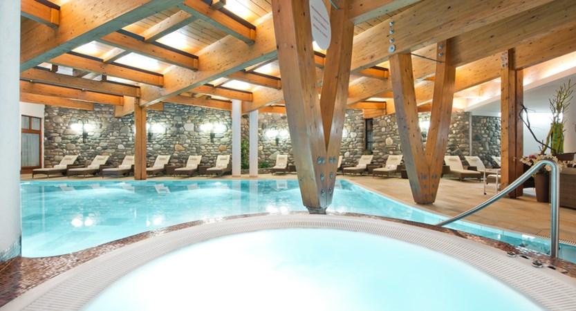 Hotel Alpina Deluxe Resort Obergurgl Austria Pool (1)