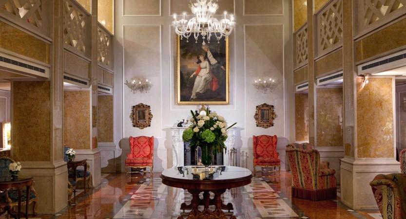 2_Baglioni_Hotel_Luna_Lobby.jpg (1)