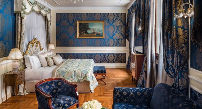 2_Baglioni_Hotel_Luna_Venezia_Junior_Suite.jpg (1)