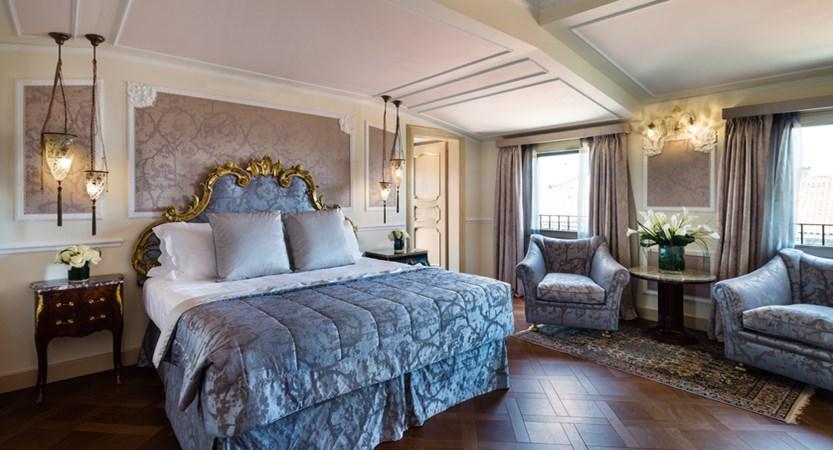 6_Baglioni_Hotel_Luna_Giorgione_Terrace_Suite.jpg
