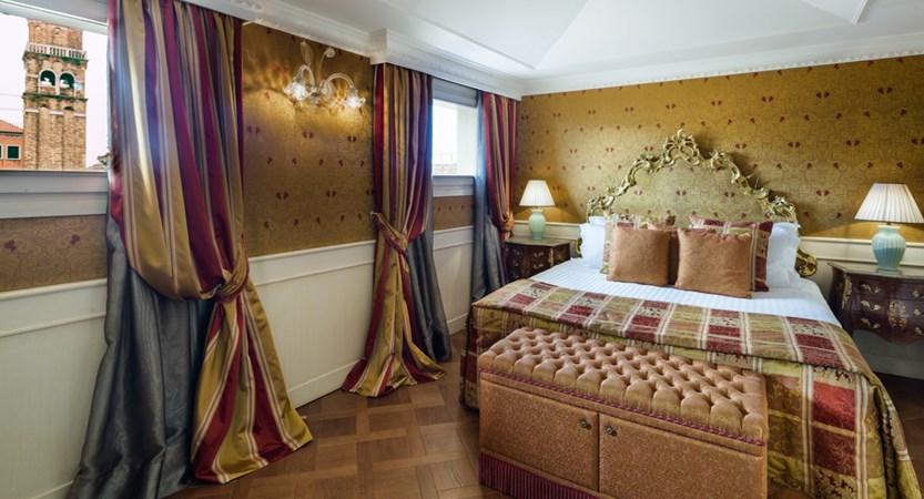 17_Baglioni_Hotel_Luna_Goldoni_Family_Suite.jpg