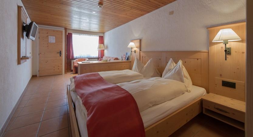Superior bedroom alpenblick