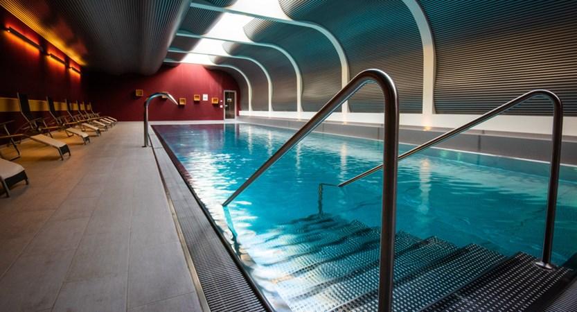 Mirabeau pool.jpg