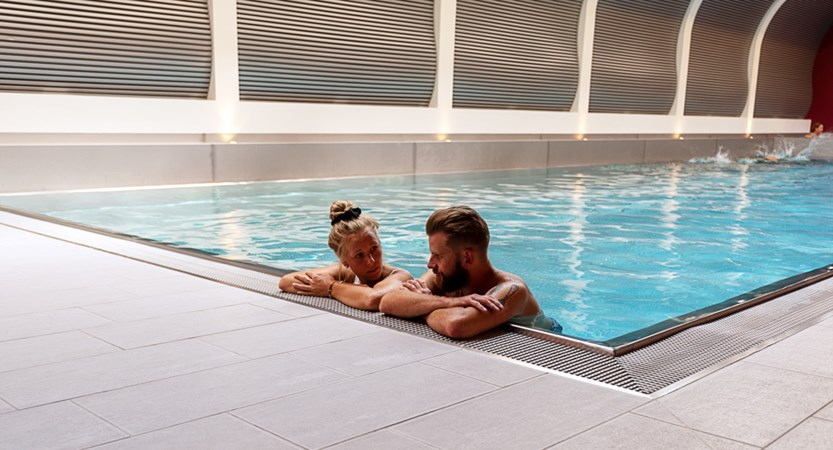 swimming pool mirabeau zermatt