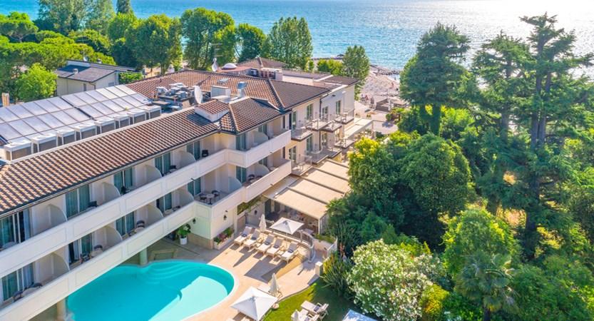 Hotel Villa Rosa, Aerial Pool View