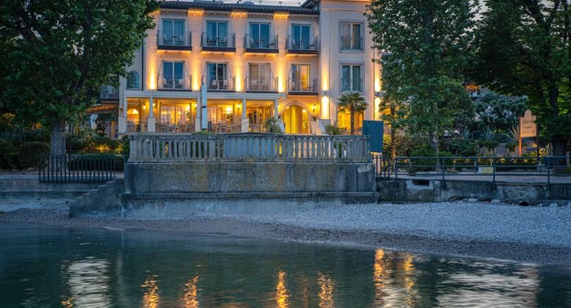 Hotel Villa Rosa, Exterior Lake View